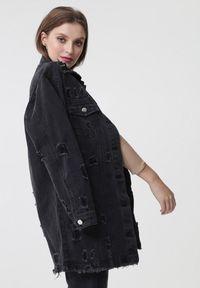 Born2be - Czarna Kurtka Plumeria. Kolor: czarny. Materiał: jeans. Długość rękawa: długi rękaw. Długość: długie. Styl: klasyczny