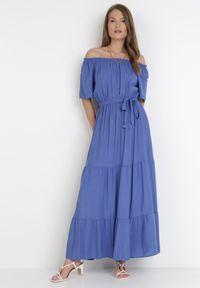 Born2be - Granatowa Sukienka Kissorise. Kolor: niebieski. Materiał: materiał. Długość rękawa: krótki rękaw. Sezon: lato, wiosna. Długość: midi