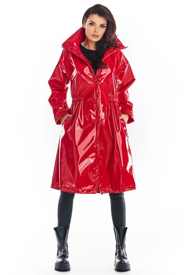 Czerwona kurtka Awama