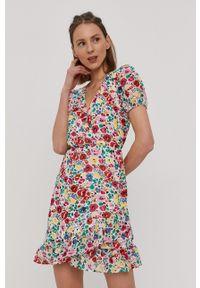 Vila - Sukienka. Materiał: tkanina. Długość rękawa: krótki rękaw. Typ sukienki: rozkloszowane