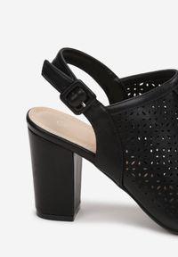 Born2be - Czarne Sandały Aethopheu. Nosek buta: okrągły. Zapięcie: pasek. Kolor: czarny. Wzór: gładki, ażurowy, aplikacja. Obcas: na słupku