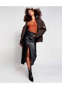 ONETEASPOON - Czarna skórzana spódnica Lola. Stan: podwyższony. Kolor: czarny. Materiał: skóra. Wzór: kolorowy. Styl: rockowy