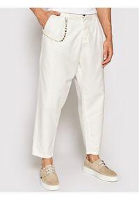 Imperial Spodnie materiałowe PD2KBLF5KU Biały Relaxed Fit. Kolor: biały. Materiał: materiał
