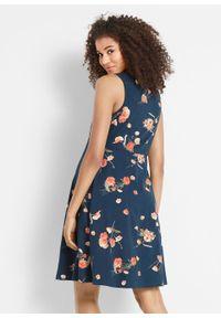 Sukienka shirtowa ciążowa w kwiaty bonprix ciemnoniebieski w kwiaty. Kolekcja: moda ciążowa. Kolor: niebieski. Wzór: kwiaty