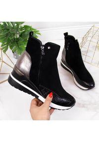 POTOCKI - Sneakersy damskie ocieplane na koturnie czarne Potocki. Kolor: czarny. Materiał: skóra ekologiczna. Obcas: na koturnie. Styl: elegancki