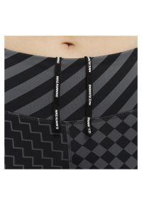 Legginsy damskie Nike Epic Lux CJ1913. Stan: podwyższony. Materiał: poliester, tkanina, materiał. Technologia: Dri-Fit (Nike). Wzór: nadruk. Sport: bieganie