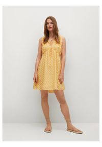 mango - Mango Sukienka letnia Mina 17050172 Żółty Regular Fit. Kolor: żółty. Sezon: lato