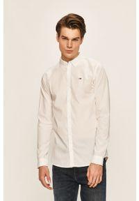 Biała koszula Tommy Jeans długa, button down, elegancka, na co dzień