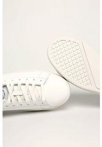 Białe sneakersy Diesel na sznurówki, z cholewką