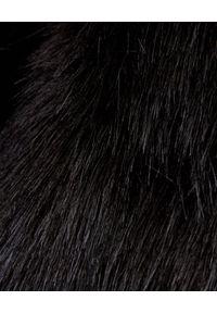 COMME des GARCONS - COMME DES GARCONS - Kamizelka z ekologicznego futra. Okazja: na co dzień. Kolor: czarny. Materiał: futro. Styl: elegancki, casual