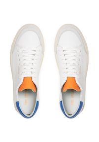 Axel Arigato - Sneakersy AXEL ARIGATO - Clean 90 28674 White/Cobalt Blue/Orangr. Okazja: na co dzień. Kolor: biały. Materiał: skóra. Szerokość cholewki: normalna. Styl: casual