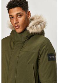 Oliwkowa kurtka Calvin Klein z kapturem, casualowa