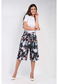 Nommo - Kwiatowe Spódnico-Spodnie z Asymetrycznym Zapięciem. Materiał: wiskoza, poliester. Wzór: kwiaty