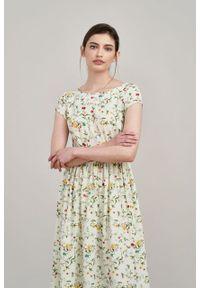 Marie Zélie - Sukienka Antea Anemone kremowa. Kolor: kremowy. Materiał: wiskoza, materiał. Długość rękawa: krótki rękaw. Typ sukienki: asymetryczne