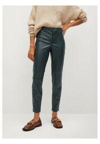 mango - Mango Spodnie z imitacji skóry Londonpu Zielony Skinny Fit. Kolor: zielony. Materiał: skóra