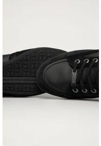 Czarne sneakersy TOMMY HILFIGER na sznurówki, z okrągłym noskiem, z cholewką