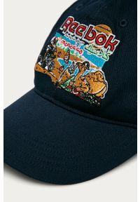 Niebieska czapka z daszkiem Reebok Classic z aplikacjami