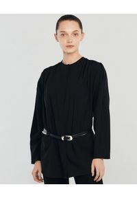ANIA KUCZYŃSKA - Czarna koszula z wiskozy Aurelia. Okazja: na co dzień. Kolor: czarny. Materiał: wiskoza. Długość: długie. Wzór: aplikacja. Styl: wizytowy, casual