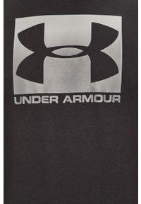 Czarny t-shirt Under Armour na co dzień, casualowy, z nadrukiem