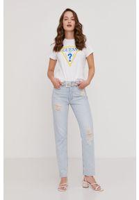 Guess - T-shirt Kyiv z kolekcji urodzinowej. Okazja: na urodziny. Kolor: biały. Materiał: dzianina, bawełna. Wzór: nadruk. Styl: casual #7