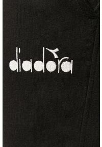 Czarne spodnie dresowe Diadora