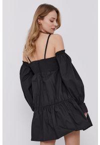 Czarna sukienka Patrizia Pepe klasyczna, rozkloszowana