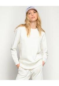Pinko - PINKO - Biała bluza z logowaniem Sano. Typ kołnierza: bez kaptura. Kolor: biały. Materiał: dresówka, bawełna. Wzór: haft. Styl: elegancki