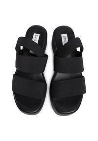 Czarne sandały Steve Madden casualowe, na co dzień