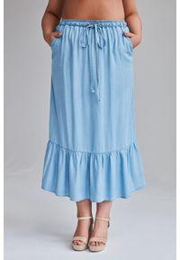 Niebieska spódnica Moda Size Plus Iwanek plus size, w kolorowe wzory, na lato