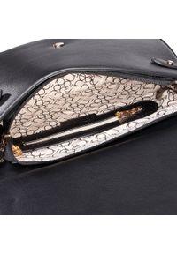 Czarna torebka klasyczna Nobo
