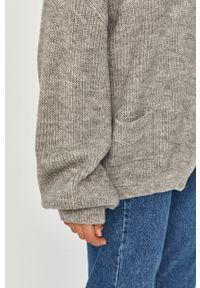 Szary sweter rozpinany Answear Lab wakacyjny, na co dzień