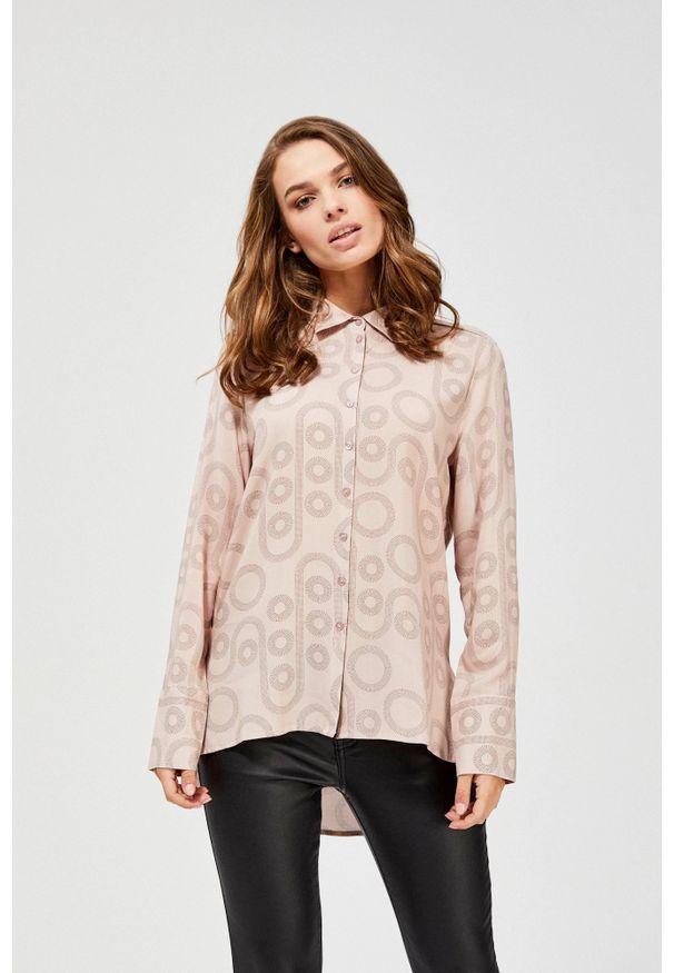 Różowa koszula MOODO w geometryczne wzory, z długim rękawem, długa