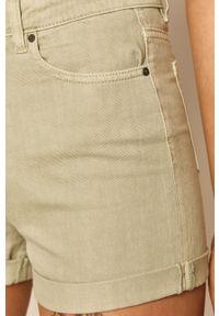 medicine - Medicine - Szorty jeansowe Soft Resort. Kolor: zielony. Materiał: jeans. Wzór: gładki