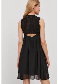Czarna sukienka TwinSet klasyczna, prosta, mini