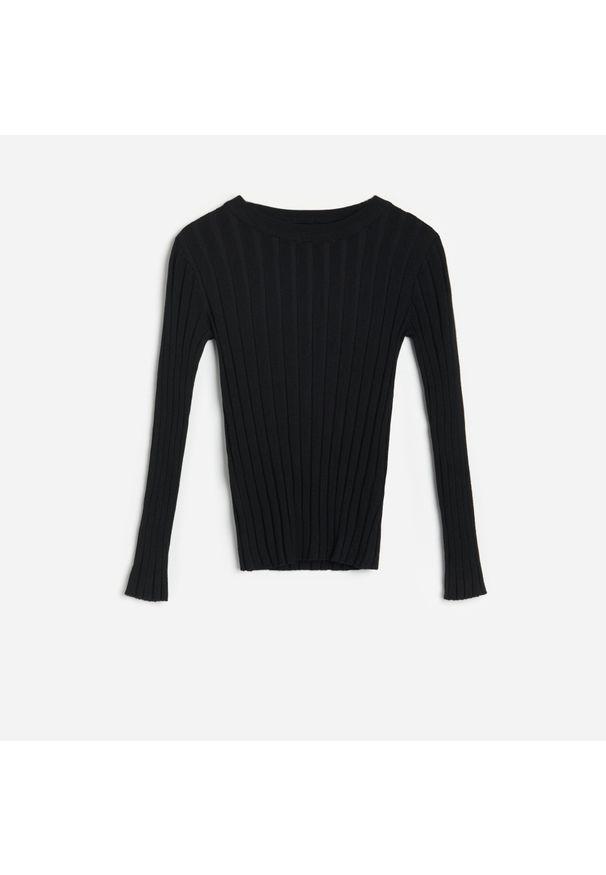 Czarny sweter Reserved w prążki
