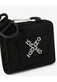 Kenzo - KENZO - Czarny portfel Little X. Kolor: czarny. Materiał: tkanina. Wzór: aplikacja