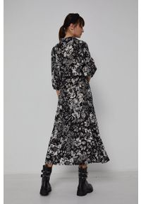 medicine - Medicine - Sukienka Graphic Bouquet. Materiał: tkanina. Typ sukienki: rozkloszowane