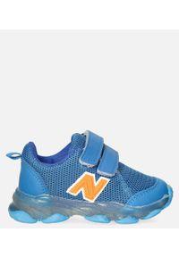 Casu - Niebieskie buty sportowe na rzep casu 204/14m. Zapięcie: rzepy. Kolor: niebieski
