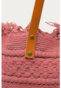 Różowa shopperka ANSWEAR na ramię, duża, wakacyjna