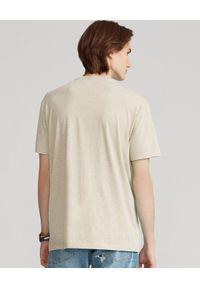 Ralph Lauren - RALPH LAUREN - Melanżowy t-shirt w serek Custom Fit. Typ kołnierza: dekolt w serek. Kolor: beżowy. Materiał: bawełna. Wzór: melanż #5