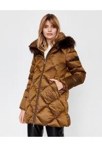 Hetrego - HETREGO - Brązowa kurtka puchowa Brittany. Kolor: brązowy. Materiał: puch. Wzór: aplikacja. Styl: elegancki, klasyczny