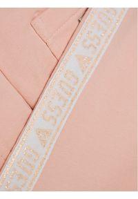 Guess Spodnie dresowe K0YQ02 KA6V0 Różowy Regular Fit. Kolor: różowy. Materiał: dresówka