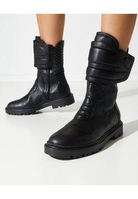 Casadei - CASADEI - Czarne bikery Inceptor. Nosek buta: okrągły. Zapięcie: rzepy. Kolor: czarny. Materiał: guma. Szerokość cholewki: normalna. Obcas: na obcasie. Wysokość obcasa: średni