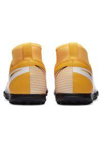 Buty piłkarskie dla dzieci turfy Nike Mercurial Superfly 7 Club AT8156. Materiał: skóra, guma, syntetyk. Szerokość cholewki: normalna. Sport: piłka nożna