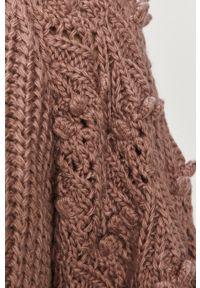 Różowy sweter Answear Lab z długim rękawem, wakacyjny