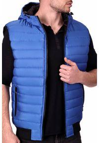 Niebieski płaszcz IVET z kapturem