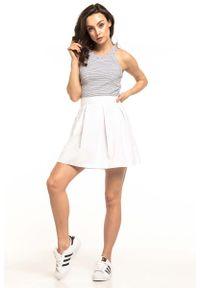 Biała spódnica rozkloszowana Tessita krótka