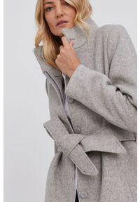 Answear Lab - Płaszcz wełniany. Okazja: na co dzień. Kolor: szary. Materiał: wełna. Wzór: gładki. Styl: wakacyjny