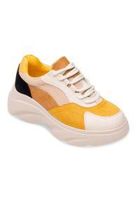 Żółte buty sportowe N/M w kolorowe wzory