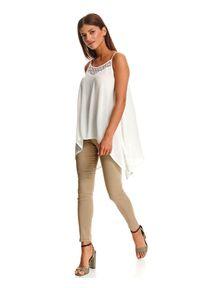 Biała bluzka TOP SECRET w ażurowe wzory, na lato